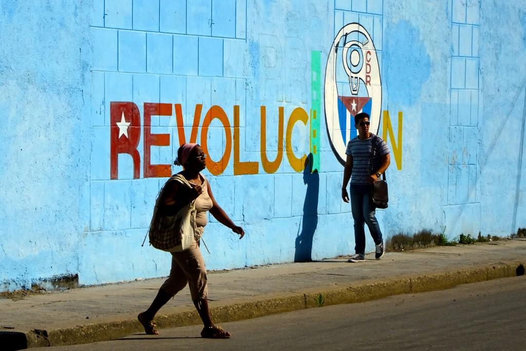 Noch immer wird fast überall in Kuba dafür gesorgt, dass das wichtigste Thema seit Ender der 1950er Jahre nicht in Vergessenheit gerät
