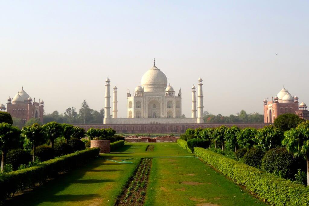 Taj Mahal von der anderen Seite der Yamuna