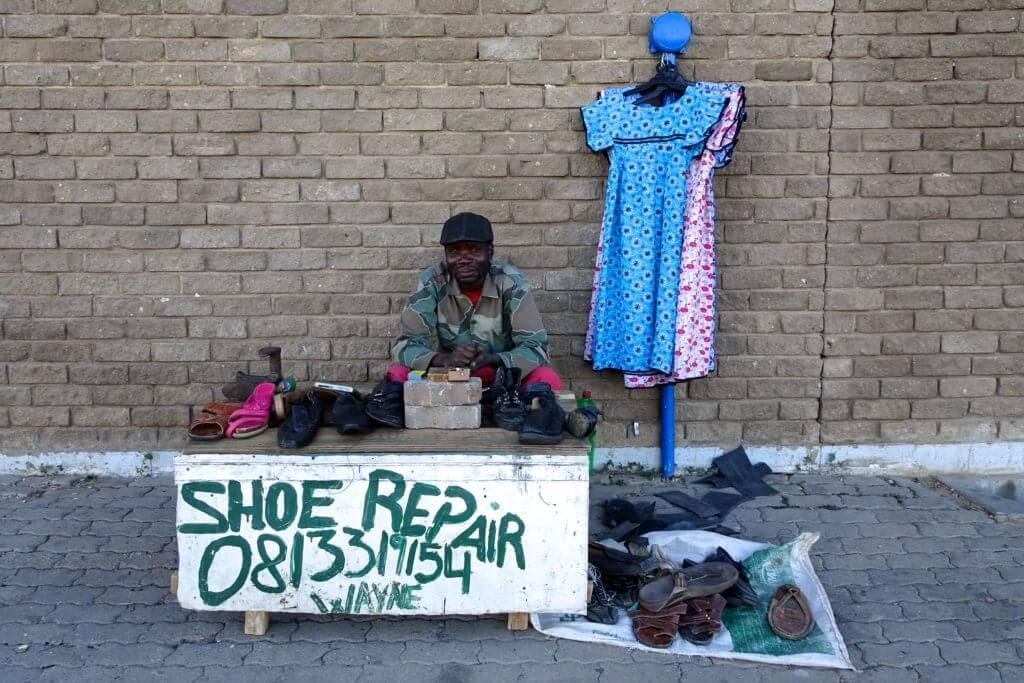 Jahresrückblick Reiseblog Groovy Planet, auf der Straße in Otjiwarongo