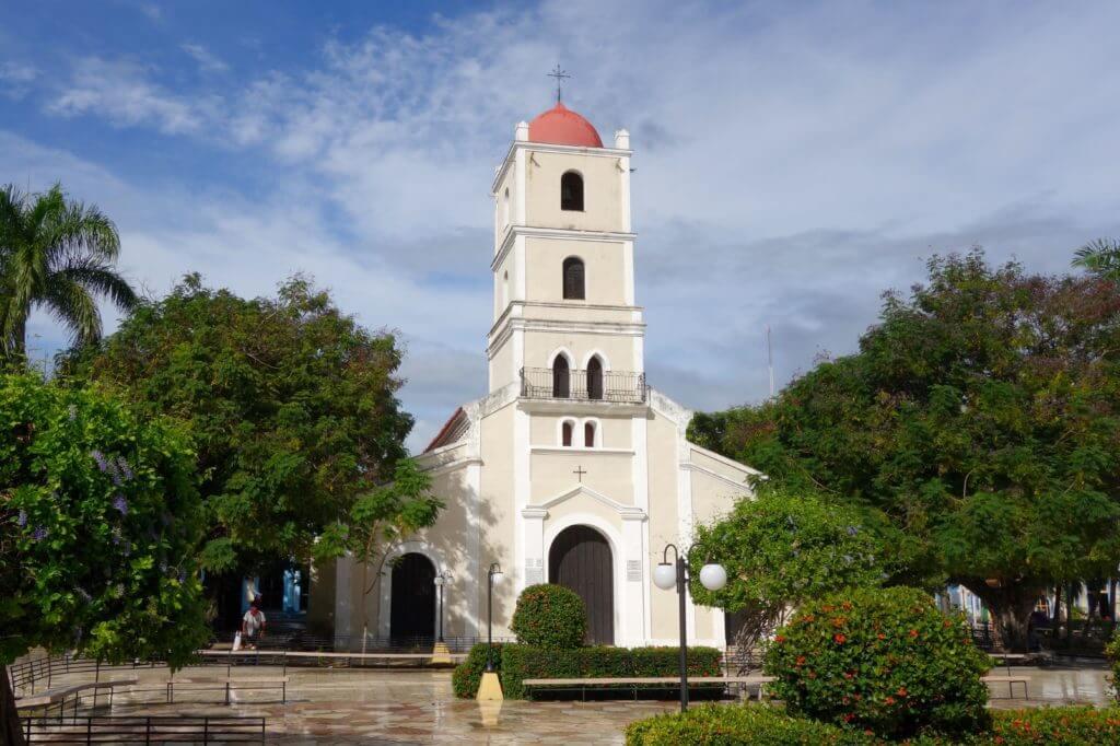 Catedral Santa Catalina de Ricci im Parque Jose Martí von Guantánamo