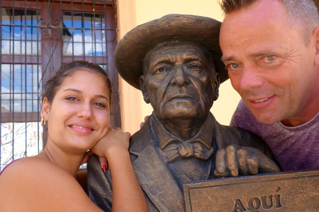 Holguín. Calle Mártires, am Rand der Plaza de la Marqueta