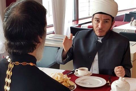Religion in Tatarstan. Im Gespräch mit Vikar Konstantin Kolyganovund Imam Ilfar Khasanov.