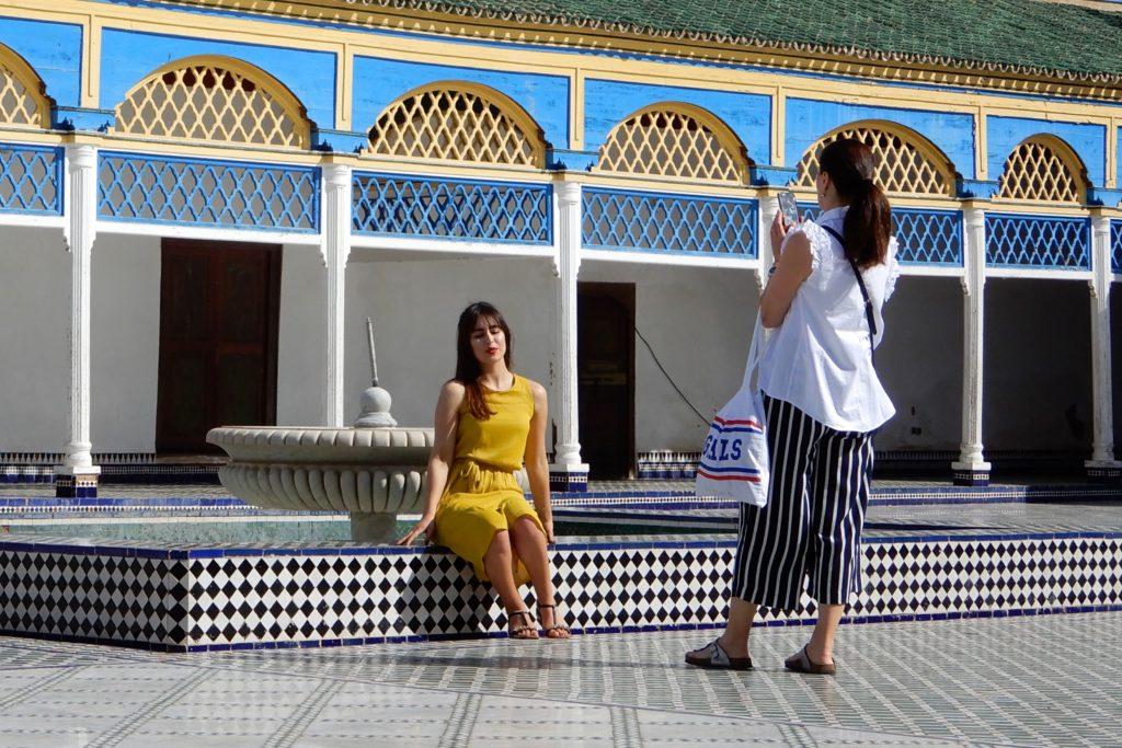 Bahia Palast, Marrakesch. Fotografieren im großen Innenhof des Palasts.