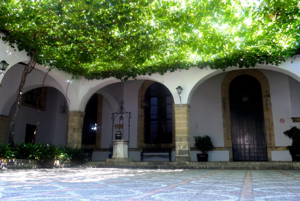 Innenhof von Bodegas Lustau