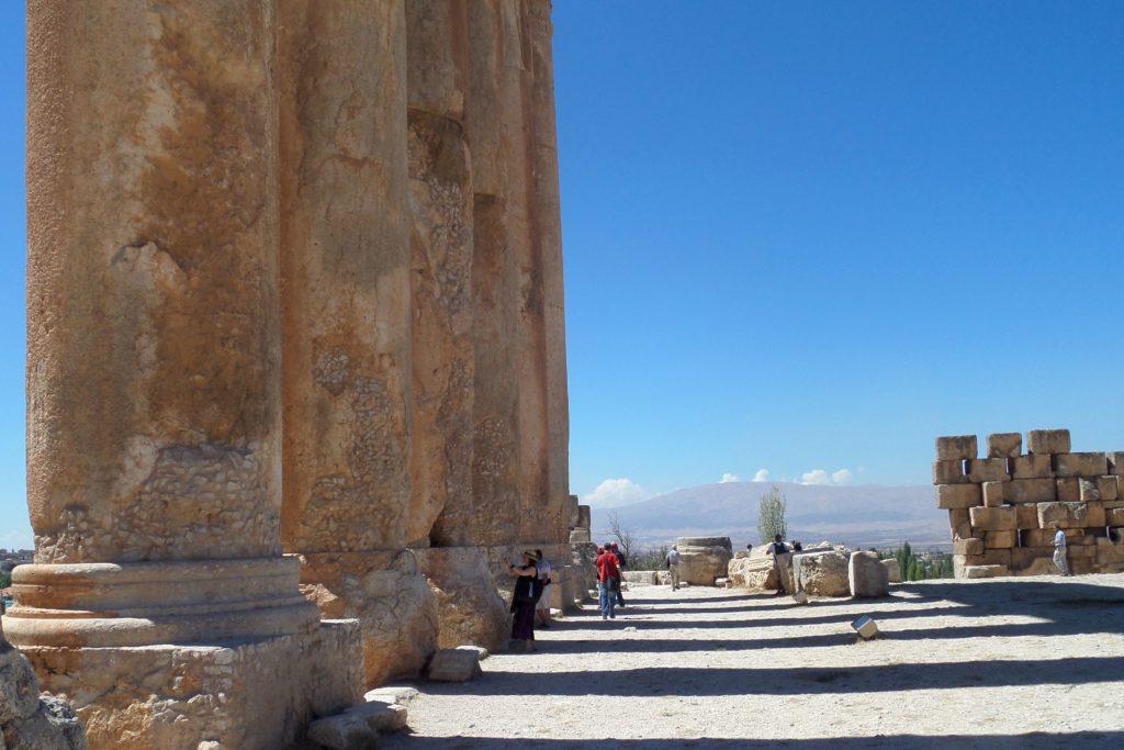 Baalbek, Libanon. Massive Säulen des Jupitertempels.