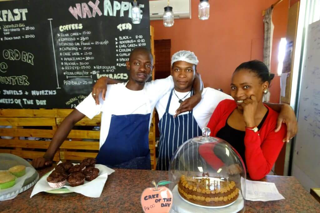 Okavango-Delta. Wax Apple & The Red Monkey in Maun