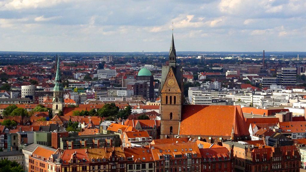 Blick auf Hannover mit Altstadt, Marktkirche und Goseriede.