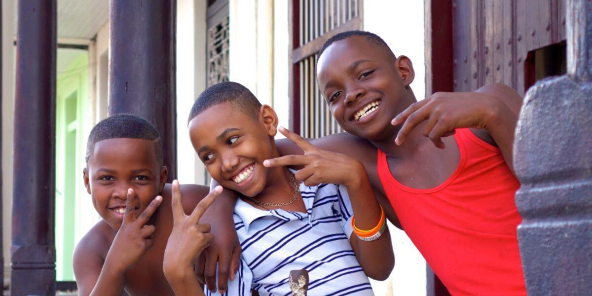 Reiseblog Groovy Planet Jahresrückblick. Kids in Guantánamo