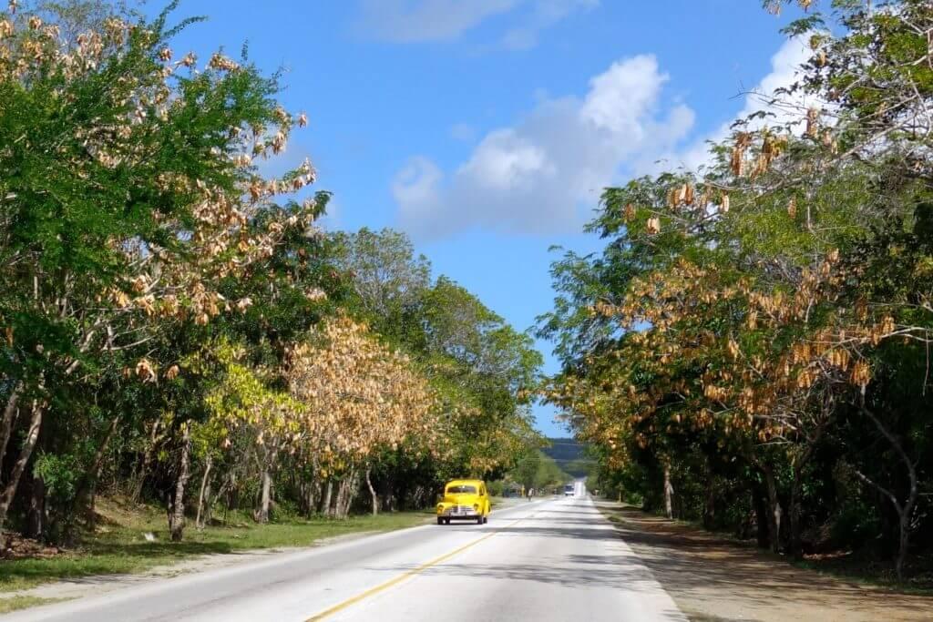 Straße von Holguín nach Guardalavaca