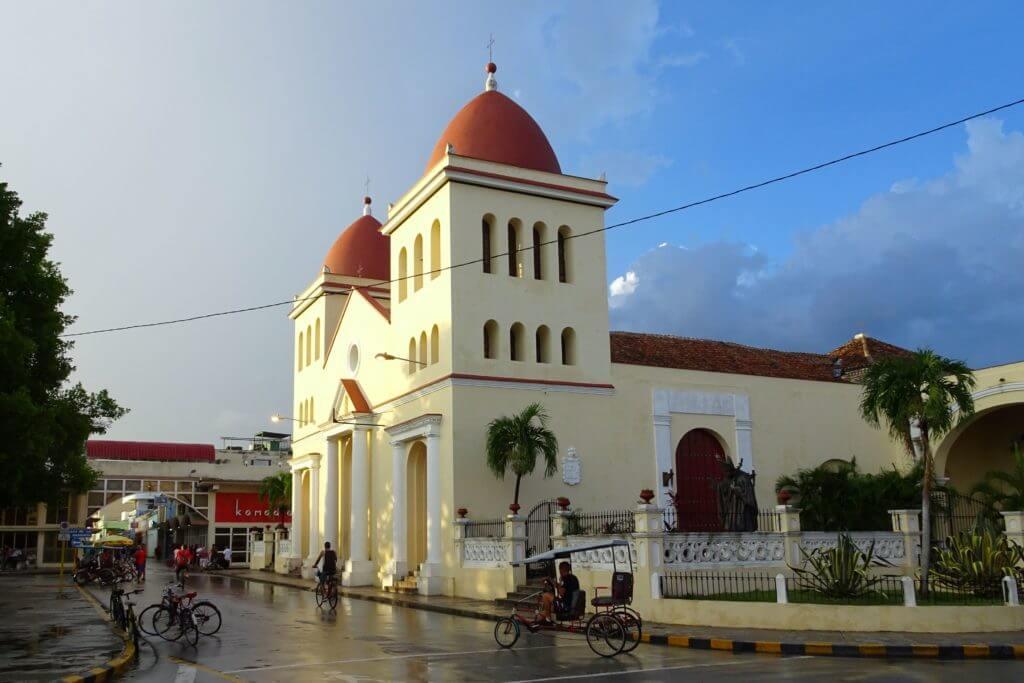 Holguín. La Catedral de San Isidoro.