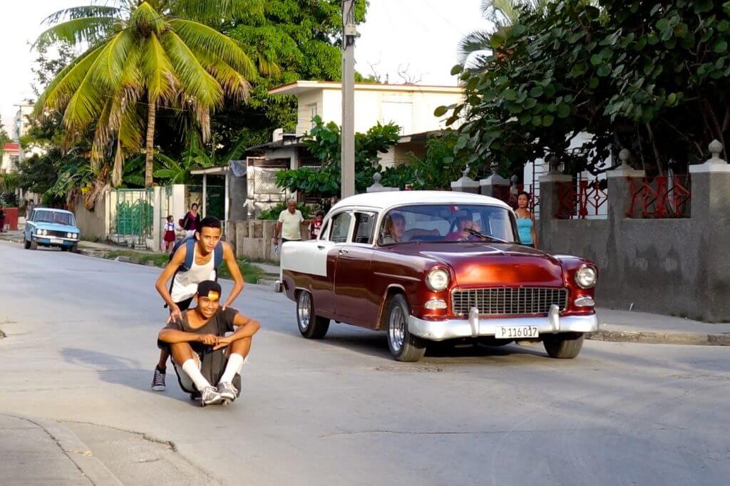 Holguín. Momentaufnahme in den Straßen der Provinzhauptstadt.