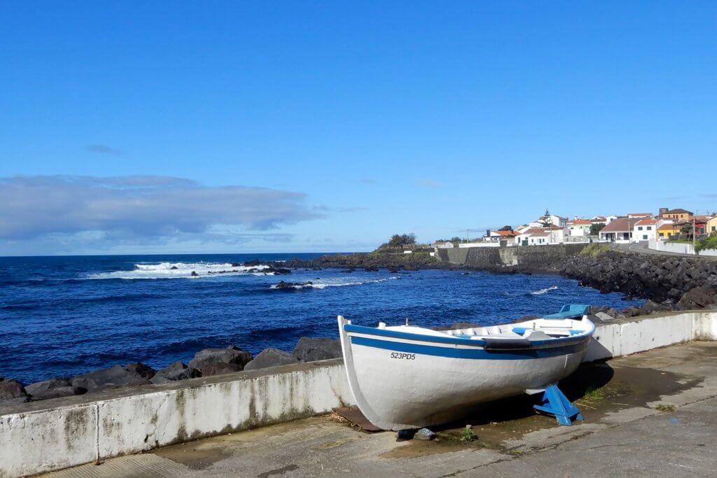 Fischerhafen von Mosteiros im Westen der Azoreninsel São Miguel