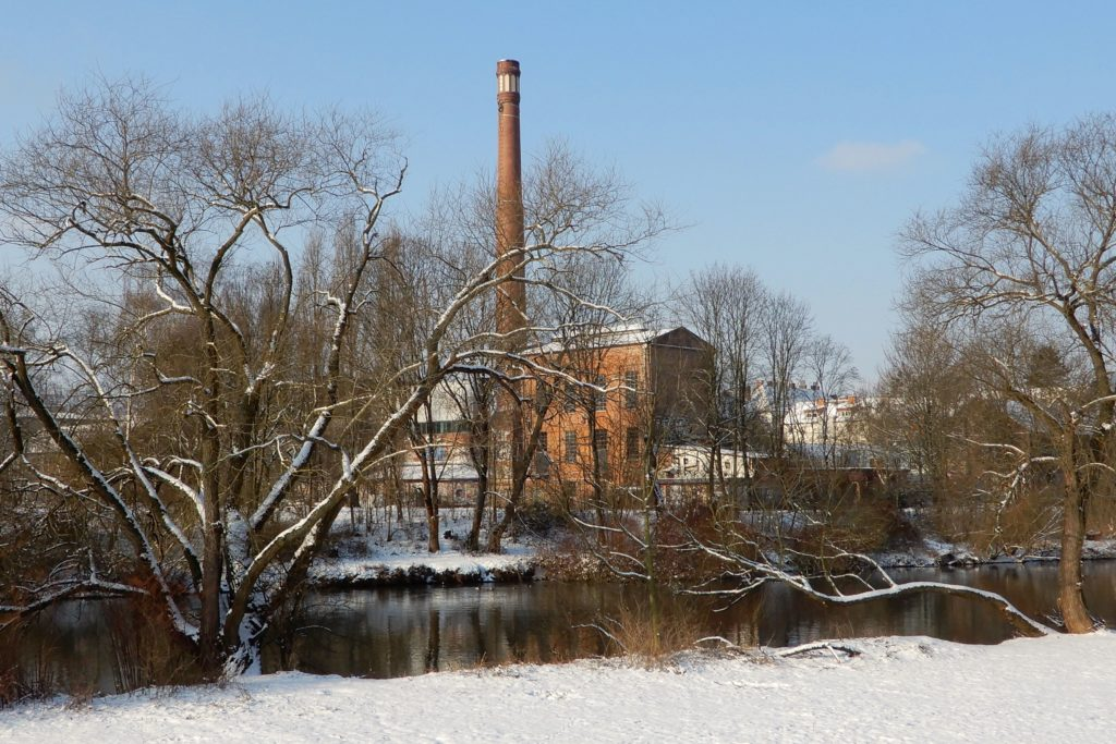 Winter in Hannover. Kesselhaus der ehemaligen Bettfedernfabrik in Linden.