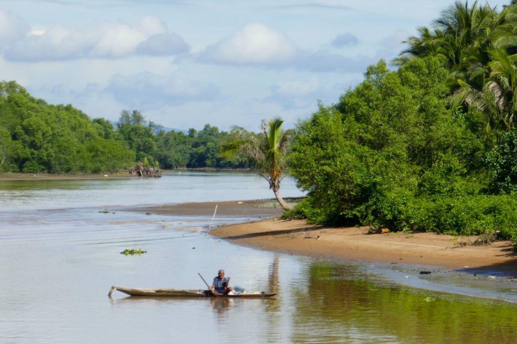 Chumphon. An der Mündung des Tha Taphao.