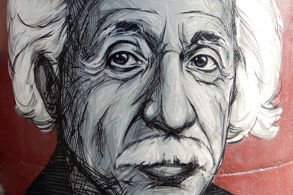 Urbane Kunst in Rio Tinto. Mural von Albert Einstein.