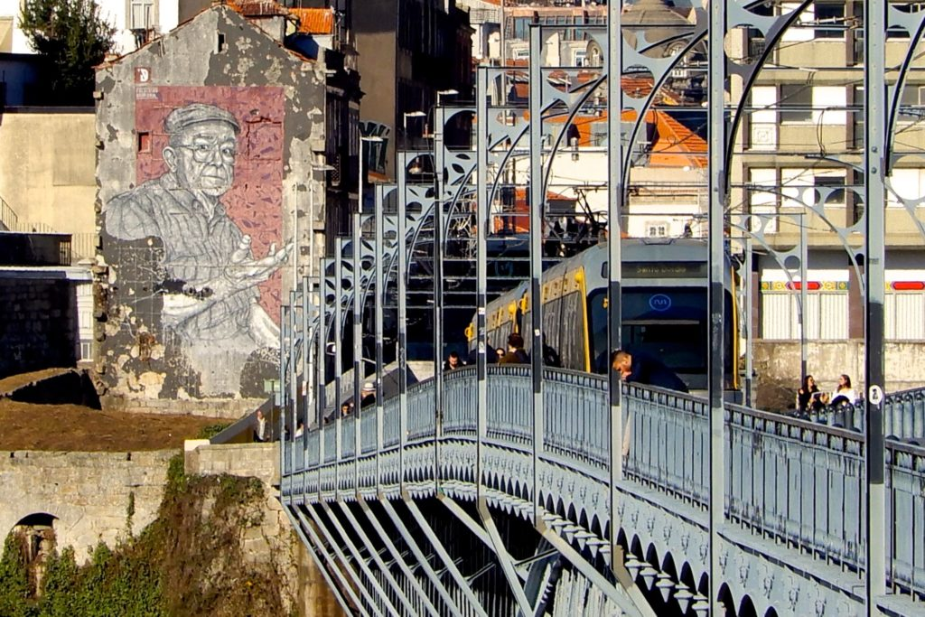 Ponte Dom Luís I, ein Wahrzeichen Portos.
