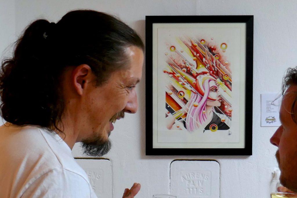 Künstler Absinth während der Vernissage im Hamburger Popstreet.shop.