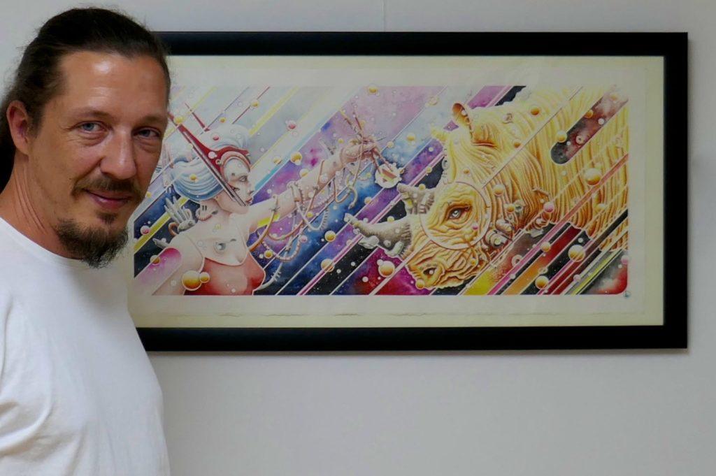 """Der Hamburger Künstler Absinth mit seinem Werk """"The age of confidence""""."""