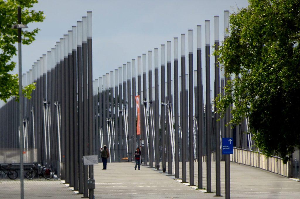 Brücke auf dem ehemaligen Gelände der Expo 2000 in Hannover.