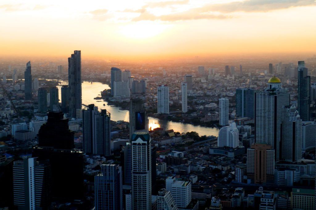 Blick auf Bangkok vom Mahanakhon Tower.