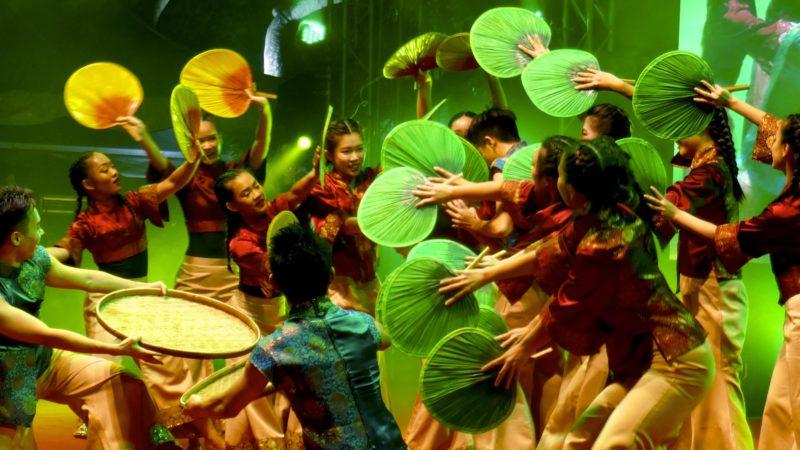 Chap Goh Meh in George Town. Euphoria Penang Modern Dance Ensemble beim letzten Tag des chinesischen Neujahrsfestes.