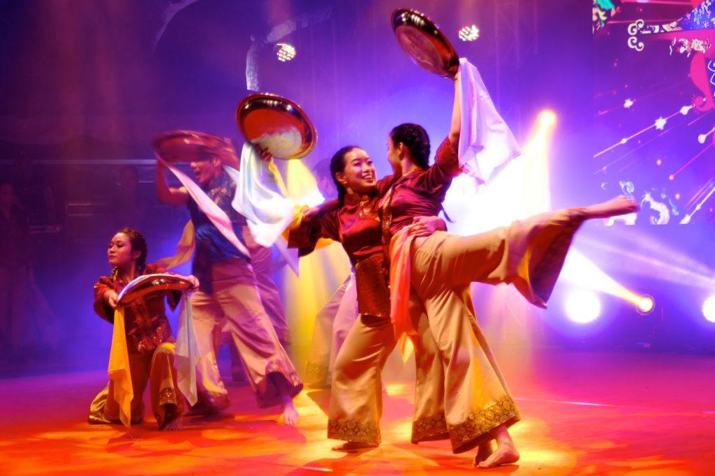 Chap Goh Meh in George Town, Malaysia. Spektakuläre Show zum Ende des chinesischen Neujahrsfestes.