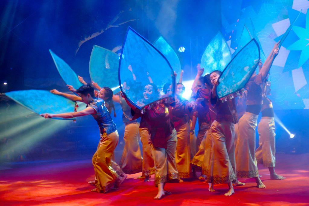 Chap Goh Meh, chinesischer Valentinstag in George Town, Malaysia. Tänzerinnen und Tänzer.