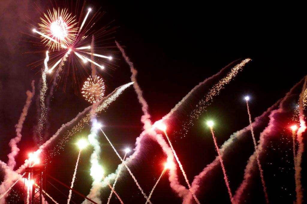 Chap Goh Meh, chinesischer Valentinstag in George Town, Malaysia. Feuerwerk.