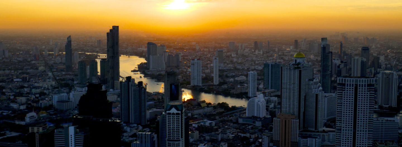 Schöne Aussichten in Bangkok: Ein Sundowner auf dem MahaNakhon Tower