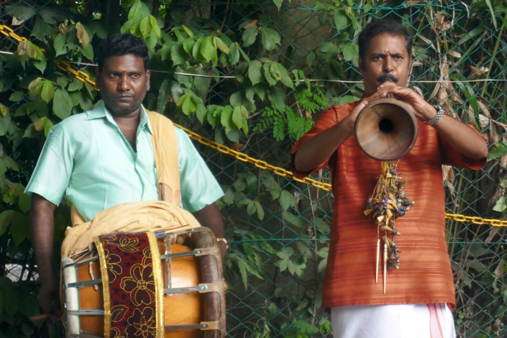 Pongal in George Town, Malaysia. Musikanten beim Tamilenfest.