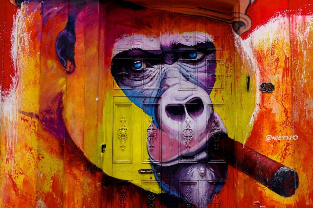 Gorilla des französischen Graffiti-Künstlers Noé Two in Havanna.